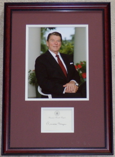 <font size=3>Ronald Reagan in The White House Portico Display Piece with Signed Post-It-Note</font>