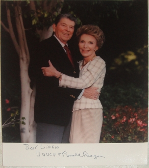 Ronald & Nancy Reagan Signed 8 x 10 Color Photo